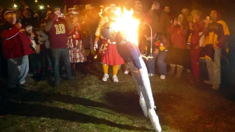 Tony Romo Scarecrow burning at Redskins Tailgate